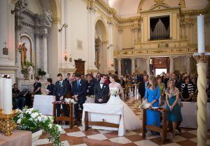 linda-e-alberto-sposi-parrocchia-di-santa-giustina-pernumia-padova-05